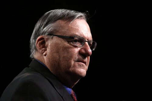 800px-Joe_Arpaio_at_Tea_Party_Patriots