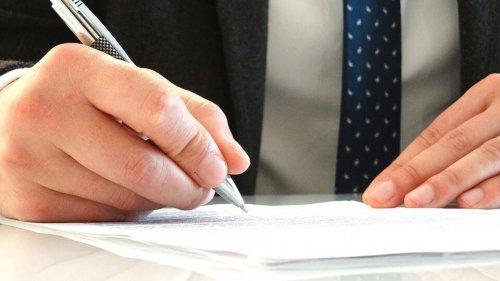 Documents Legal Attorney Signature Jurist