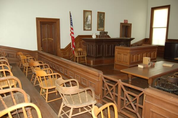 Tombstone-courthouse-shp-courtroom