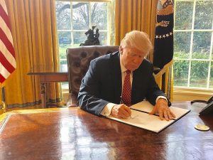 Trump_signing_Executive_Order_13780.jpg